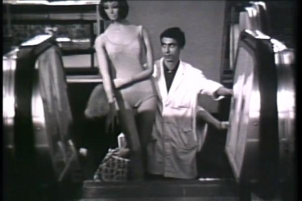 Sulle scale mobili, Bruno Munari, Marcello Piccardo, ITA 1964. Studio Monte Olimpino