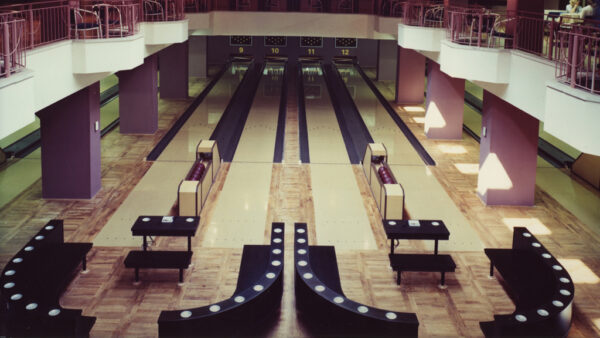 Bowling alleys 1987