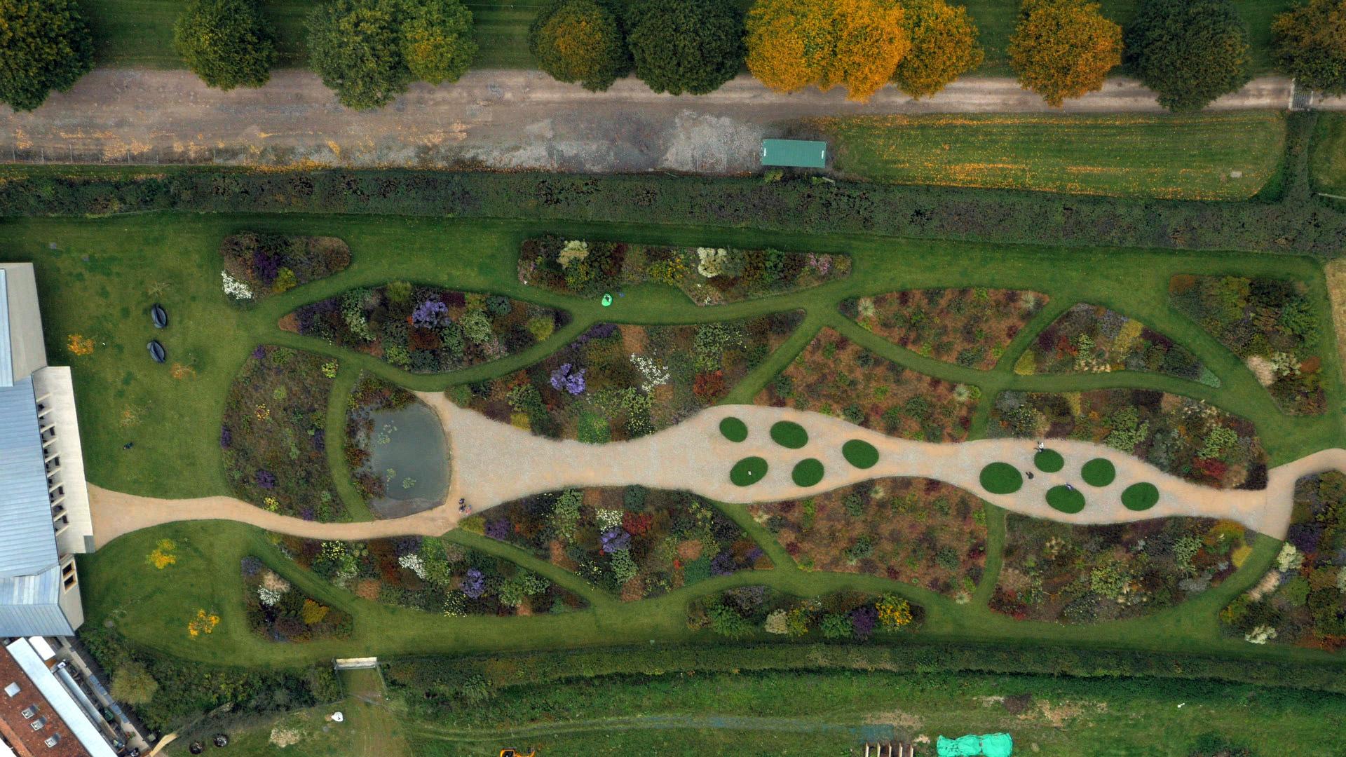 Five Seasons The Gardens Of Piet Oudolf